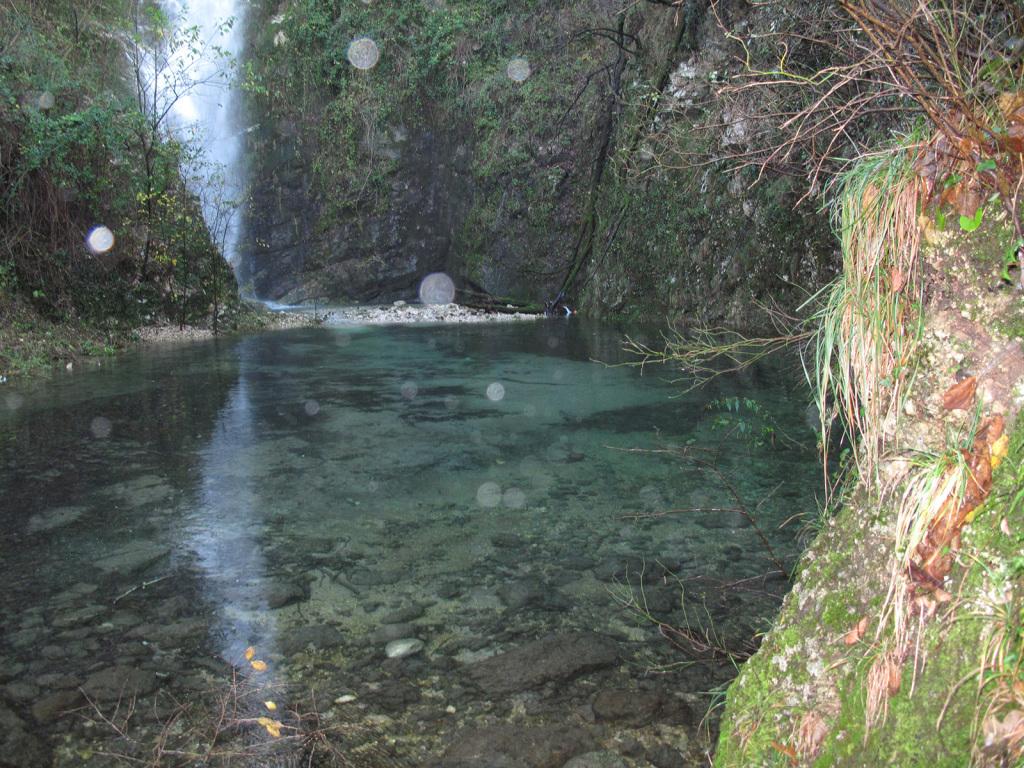 Sorgente cascata Pile
